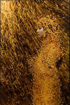 Brad Knuckles - Gold leaf girl