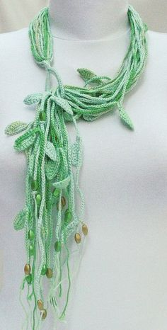 Crochet cotton necklace - shades of green