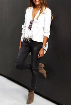 fashion girl uniform: white shirt + black pants + suede ankle boots