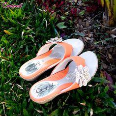 #Campesí laranjinha para encher de frescor esta quarta! #conforto #shoes #moda #verão Acesse: lojacampesi.com.br