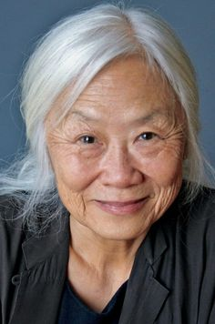 """""""No Name Woman,"""" Maxine Hong Kingston Every family has at least one big secret. In this imaginative and brave essay, second-generation Chinese immigrant Maxine Hong Kingston tells us what she knows. Beautiful Old Woman, Most Beautiful Faces, Maxine Hong Kingston, Long White Hair, Book Festival, Chinese American, Women In History, Asian History, Before Us"""