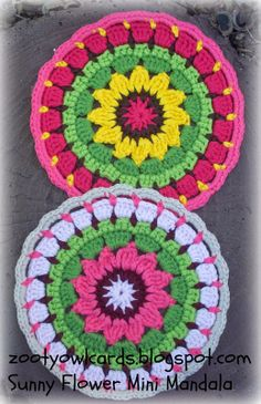 Sunny Flower mini crochet mandalas- free pattern from Crafty Owl Crochet Mandala Pattern, Crochet Circles, Crochet Motifs, Crochet Flower Patterns, Crochet Round, Crochet Squares, Love Crochet, Crochet Gifts, Crochet Yarn