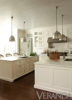 Beautiful White Kitchen - interior design by timothy whealon Off White Kitchens, All White Kitchen, Cool Kitchens, Bead Board Kitchens, Neutral Kitchen, Kitchen Colors, Küchen Design, Home Design, Interior Design