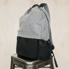 West Pack Gray backpack with many pockets. Fashion Bags, Fashion Backpack, Mens Fashion, Looks Style, My Style, Canvas Backpack, Purses And Bags, Men's Bags, Women's Accessories