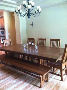 Cordoba Dining Table in Quartersawn Oak