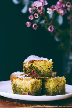 Lily's kitchen book: CAKE CHOCOLAT BLANC - THE MATCHA - FRAMBOISES
