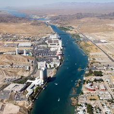 Laughlin, Nevada, is a travel alternative to Las Vegas when visiting the state.