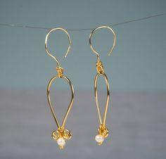 SALE- Unique Pearl Earrings, Gold Earrings, Gold Plated Earrings, Freshwater Rice Pearl, White Pearls, 14K, June Birthstone, Bridal Jewelry by PerlitasJewelry on Etsy