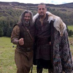 Ben Robson as Earl Kalf in Vikings