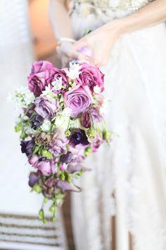 3-Fairy-Lights-and-Chalk-Boards-Rustic-DIY-Wedding.jpg 720×1,080 pixels