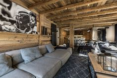 Creative Chalet style of interior decorating ideas Chalet Design, Chalet Style, Ski Chalet, House Design, Ski Decor, Home Decor, Chalet Interior, Rustic Apartment, Colorado Homes