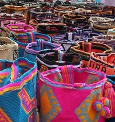 Tejidos Wayuu (Mochilas), Colombia. Totally addicted to these.