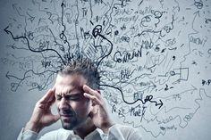 La única barrera que te impide tener éxito en tu vida es tu propia mente. Si no controlas todos tus pensamientos, ellos terminaran controlándote a ti.
