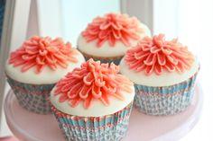 flower cupcakes www.piccolielfi.it