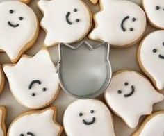 Ghosts biscuit
