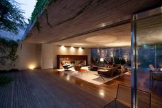 This modern patio home architecture is contemporary yet cozy – not an easy combination to do right. Marcio Kogan of Brazil architecture firm Studio Studio Mk27, Wooden Patios, Interior Architecture, Interior Design, Modern Interior, Interior Decorating, Indoor Outdoor Living, My Dream Home, Living Spaces