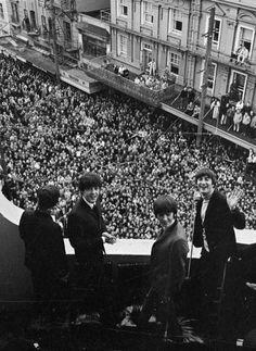 "RECORDANDO A ""LOS BEATLES"", 50 AÑOS. (8 FEB 2014). - Richard Starkey, Paul McCartney, George  Harrison, and John Lennon"