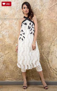 Tena Durrani Tia Luxury Pret Traditional 2017 #Teena Durrani #Teena DurraniTia #Teena DurraniLuxury Pret Traditional #Teena Durrani2017 #Teena Durranifashion #womenfashion's #fashion #lasdiesfashion #style #fashion #womenfashion Whatsapp: 00923452355358 Website: www.original.pk