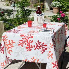 Nappe enduite rouge : toutes les nappes Fleur de Soleil sont chez Pure Déco