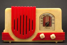 Beautiful Alabaster with Bright Red Catalin Addison tube radio made circa 1940 by Addison Industries Limited in Canada.
