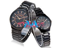 Relógios CASAL AÇO TUNGSTÊNIO QUARTZO Lindos e maravilhoso é um acessório de movimento de Quartzo de Precisão. Criada para incrementar ainda mais o look escolhido por você, Resistente à água, NÃO para NATAÇÃO. Traz consigo, a durabilidade do aço inoxidável, material mais resistente que a prata, pois não enferruja, não descasca e não perde a cor. Adiciona um toque brilhante ao seu Estilo com este relógio analógico. É um ÓTIMO PRESENTE para Amantes e Namorados. Produto Importado.
