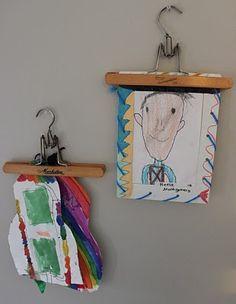 pour accrocher les dessins d'enfants ou des photos.. testé et approuvé!