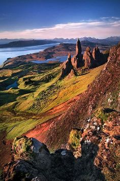 12 Dramatic Shots of the Old Man of Storr in the Isle of Skye, Scotland - My Modern Met . I have to go to Isle of Skye before I die! Places Around The World, Around The Worlds, Scotland Travel, Scotland Uk, Scotland Vacation, Scotland Trip, Scotland Holidays, Edinburgh Scotland, Loch Ness Scotland