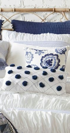 The Decorating Blues The Decorating Blues navy blue and white bedroom pillows<br> A navy blue and white bedroom color scheme is on trend. Inspirational photos showing how to get a crisp, yet casual feel when using blue and white in a bedroom. Bedroom Color Schemes, Bedroom Colors, Bedroom Ideas, Diy Bedroom, Blue Bedroom Decor, Master Bedroom, Hamptons Bedroom, Navy Bedrooms, Cottage Bedrooms