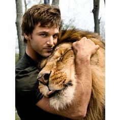 Dave Salmoni.   This picture is amazing.