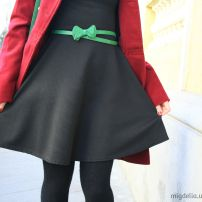 Fashion for petite women - black dress and green shoes and bag  migdelia.wordpress.com