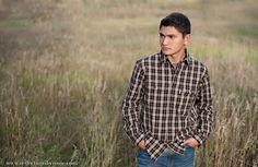 country senior boy posing ideas