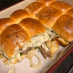 Slider Recipes, My Recipes, Hawaiian Bread Rolls, Philly Cheese Steak Sliders, Pepper Jack Cheese, Skirt Steak, Recipe For 4, Cheesesteak, Stuffed Peppers
