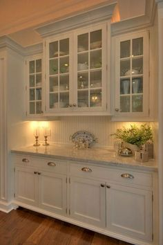 Best 100 white kitchen cabinets decor ideas for farmhouse style design (28)