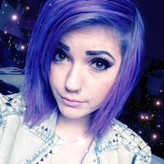 Short purple hair <3 I love this picture of Leda!!! :333