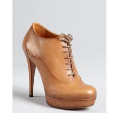 Gucci honey burnished leather lace-up ankle booties - bluefly.com