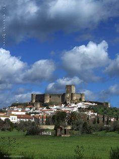 Castelo de Portel by Rui Almeida., via Flickr