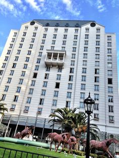Four Seasons Buenos Aires by http://carlosmeliablog.com/four-seasons-buenos-aires-new-look/