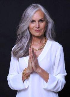 6 maneiras de se renovar após os 60 anos - Viva 50 por Maria Celia e Virginia Pinheiro