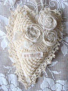 Shabby Fabric Heart Vintage Lace Heart Ornament by ShabbySoul.(very pretty! Shabby Chic Cushions, Shabby Fabrics, Vintage Crochet, Vintage Lace, Valentine Heart, Valentines, Victorian Crafts, Fabric Hearts, Shabby Chic Crafts
