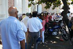 El Hay Festival Cartagena 2013 inició su programación con gran éxito. Desde ya los asistentes se enfrentan a largas filas http://www.kienyke.com/confidencias/abre-con-exito-el-hay-festival-en-cartagena/