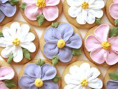 Flower cookies by mjammie on Etsy, €7.50