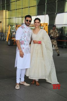 Mumbai Ranveer Singh and Deepika Padukone leaves for their wedding reception in Bengaluru Gallery is part of Wedding dress men - Mumbai Ranveer Singh and Deepika Padukone leaves for their wedding reception in Bengaluru Gallery Social News XYZ Wedding Kurta For Men, Wedding Dresses Men Indian, Wedding Dress Men, Wedding Outfits For Men, Gents Wedding Suits, Wedding Attire, Wedding Sherwani, Mens Indian Wear, Indian Groom Wear