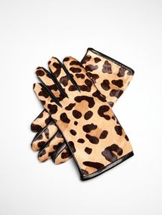 #Leopard gloves.  #TheCroods