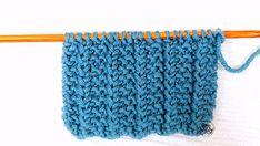 Punto que no se enrolla para tejer bufandas mantas tricot calceta palitos Knitting Stitches, Knitting Patterns, Little Boxes, Accessories, Lana, Top, Long Scarf, Molde, Farmhouse Rugs