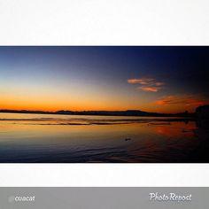 """Tanquem un bon dilluns amb una Bon foto de @cuacat! Preciosa posta de sol sobre el mar, gràcies per compartir-la!! ->""""Bona nit a tot@s i fins demà!!#aroses #altemporda #visitroses #photo_colection_ #InstaSize #imatgescat #incostabrava #igersroses #igerseurope #IG_CATALONIA #igersgallery #igerscatalunya #clikcat #catalunyaenfotos #colorscostabrava #catalunyaexperience"""""""
