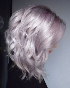 Muave Platinum Hair Color Highlights & Trends for 2019 Related posts: Adorbale Bronde hair color trends for women in 2019 10 Beautiful Rainbow Hairstyles – Hair Color Trends 2019 Hair … Silver Purple Hair, Purple Blonde Hair, Pink Hair, Gray Hair, Pastel Lilac Hair, Metallic Hair Color, Pastel Blonde, White Hair, Blue Hair