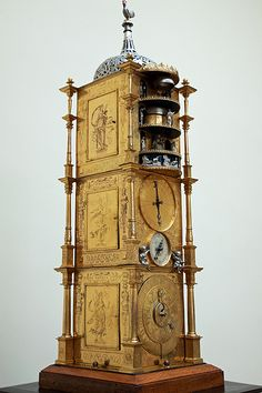 An incredible antique clock from the British Museum. Unique Clocks, Cool Clocks, Time Clock, Clock Shop, Décor Antique, Grandfather Clock, Sistema Solar, British Museum, Mirrors