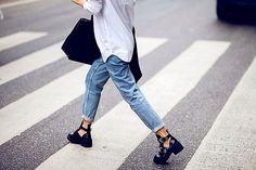 Relaxed outfit + Balenciaga boots.