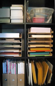 organized office paper and supplies Organization Station, Office Supply Organization, Home Organisation, Paper Organization, Organize Office Supplies, Organized Office, Organizing Life, Organization Ideas, Storage Ideas
