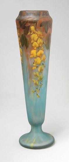 Daum Nancy, Laburnum Vase